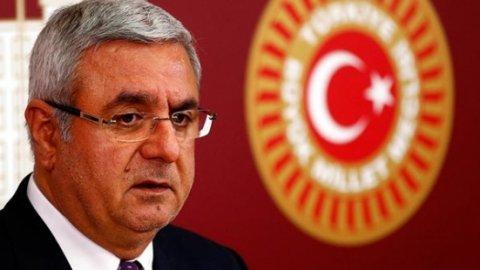 AKP'li Metiner başkanlıktan atılabilir