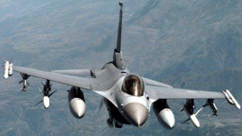 Türk jetleri YPG'yi vurdu