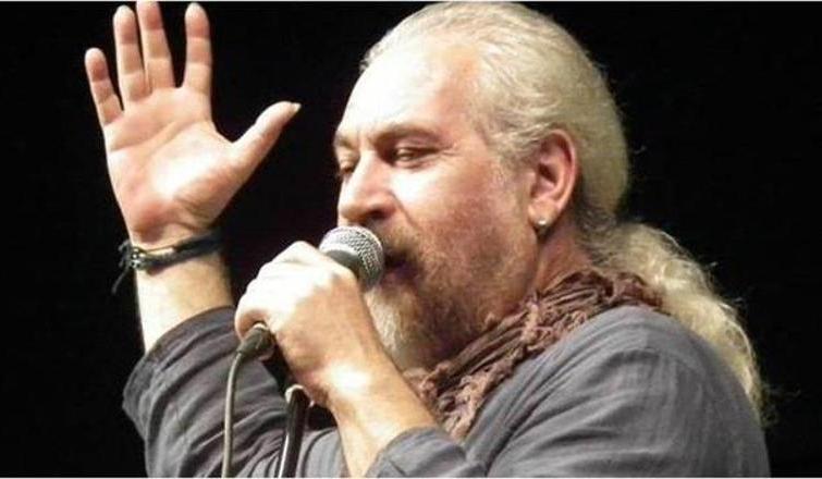 Protest müziğin tanınmış isimlerinden Alaaddin Us yaşamını yitirdi