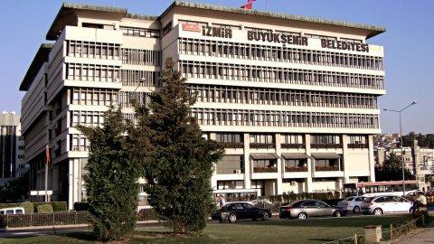 İzmir Büyükşehir'e operasyon!
