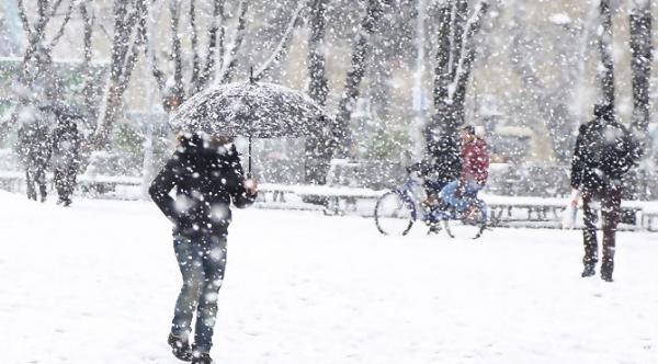 İstanbul'a yılın ilk karı geliyor