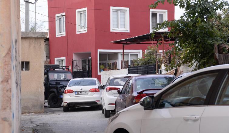 Başbakanlık izniyle MİT gözetiminde esrarengiz kazı: Sokak zırhlı araçla kapatıldı
