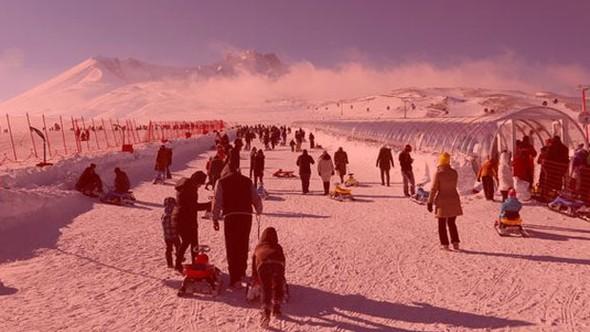 Kayak merkezinde korkunç olay.