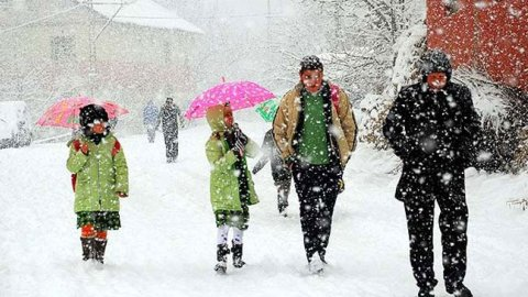 İstanbul'da okullar yarın da tatil!