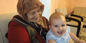 Büyükanne maaşı da işsizlik fonundan!