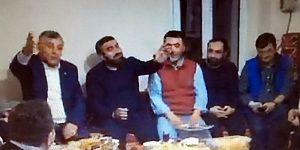 AK Partili Mahalle Başkanından, Şükrü Genç'e Büyük Jest