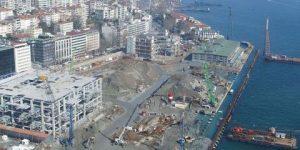 İstanbul'un tarihi salonu da yıkıldı