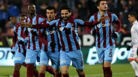 Mehmet Ekici Trabzon'dan ayrıldı