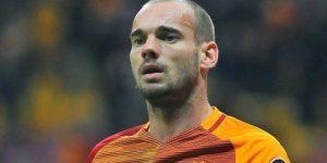 Wesley Sneijder ikiye böldü
