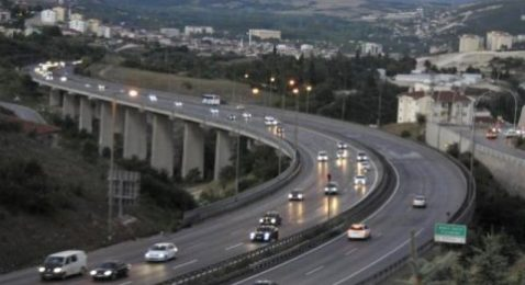 TEM İstanbul yönü 20 gün trafiğe kapalı