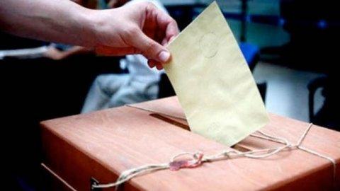 Sosyal medya AKP seçmeninin paylaştığı notu konuşuyor