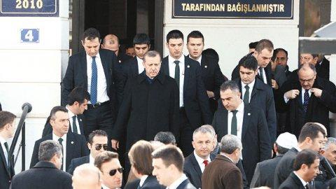 Erdoğan'ı koruyan 19 isim açığa alındı!