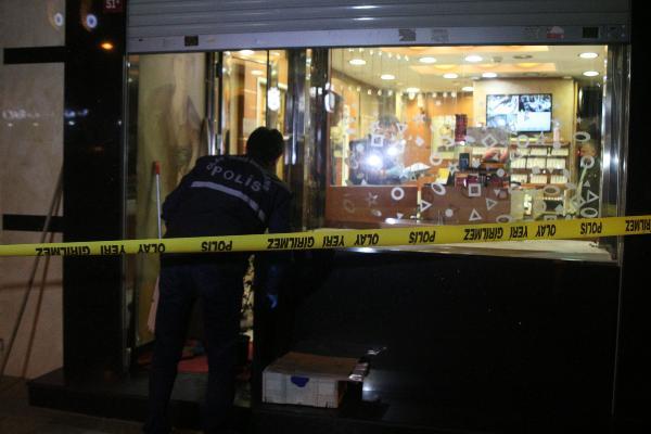 Kağıthane'de kuyumcu soygunu
