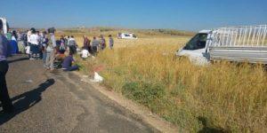 Tarım işçileri araç kaza yaptı: Ölü ve yaralılar var