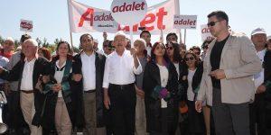 Alman vekillerden 'Adalet Yürüyüşü'ne destek