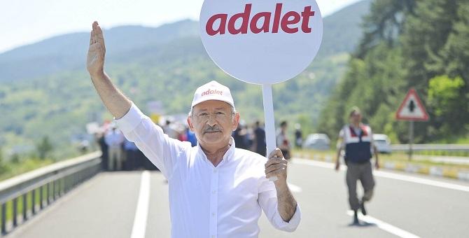 AKP anketinden 'Adalet Yürüyüşü'ne büyük destek