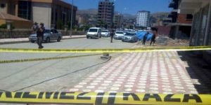 Batman'da silahlı saldırı: Yoldan geçen öğretmen öldü