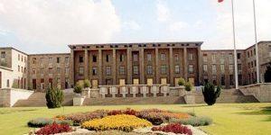 Meclis'e 42 metrelik 15 Temmuz anıtı yapılacak