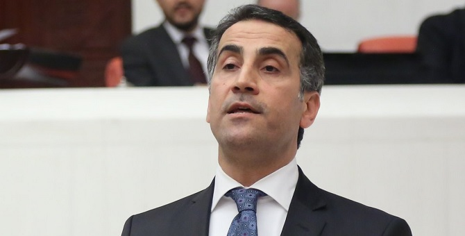 HDP: Türkiye'nin son 1 yılı kravatlı darbenin örneği