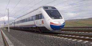 Yüksek Hızlı Tren'in çarptığı bir kişi hayatını kaybetti