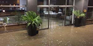 Bodrum'da deprem sonrası deniz suyu yükseldi