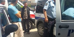 Hesaba itiraz eden yurttaşları darp edip, işyerine kilitlediler