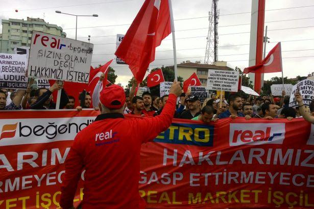 Real işçileri direnişe başladı
