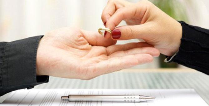 Boşanmak isteyenlerin arasını devlet bulacak