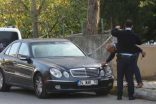 Kadıköy'de bir kişi otomobilde başından vurulmuş halde bulundu