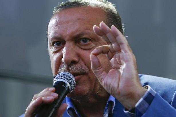 Erdoğan'dan AKP'ye: Kimse kendine güvenmesin