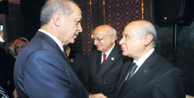 AKP'den Bahçeli'yi üzecek karar