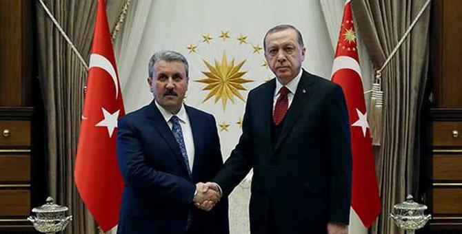 Mustafa Destici, Erdoğan'ın merak edilen teklifini açıkladı