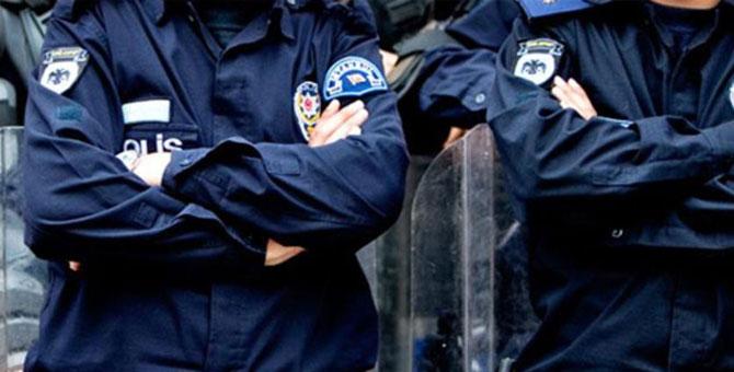 """""""Karakolda 10 polisle 'bu saçınız başınız ne lan' dayağı"""" iddiası"""
