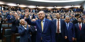 Ülke gündeminde savaş, AKP'nin gündeminde seçim var