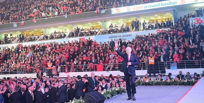 """""""İtiraf edelim ki, CHP hâlâ bu ülkenin umududur"""""""