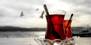 Düzenli olarak çay içenler dikkat
