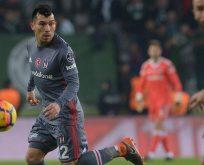 Beşiktaş'ta Gary Medel rüzgarı!