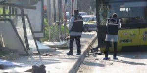 İstanbul'da otobüs durağa daldı: Ölü ve yaralılar var!
