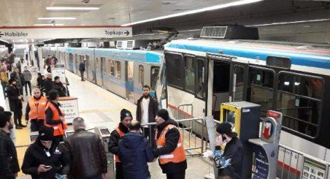 İstanbul'da tramvaylar çarpıştı! Yaralılar var.