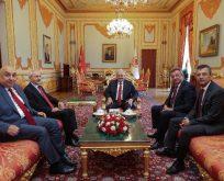 Binali Yıldırım ve Kemal Kılıçdaroğlu bir araya geldi
