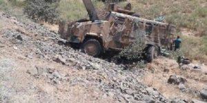 Hakkari'den kahreden haber: 2 şehit, 7 asker yaralı.