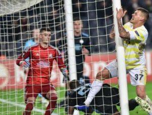 Fenerbahçe üst tura adını yazdırdı.