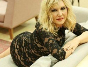 Seda Akgül: İddialı pozlarım da çok eleştiriliyor.
