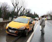Derbent-Maslak Güzergahında Trafik Kazası! Otomobilin Motoru Yola Fırladı