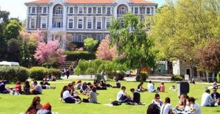 Türkiye, bilimsel yayın karnesinde Hindistan ve Nijerya ile yarışıyor.