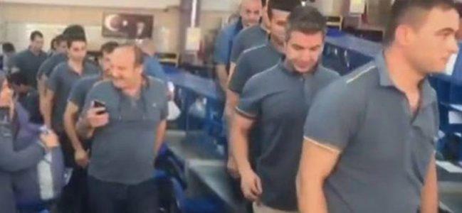 Memur-Sen eylemde: Ankara'da memurlar iş bıraktı