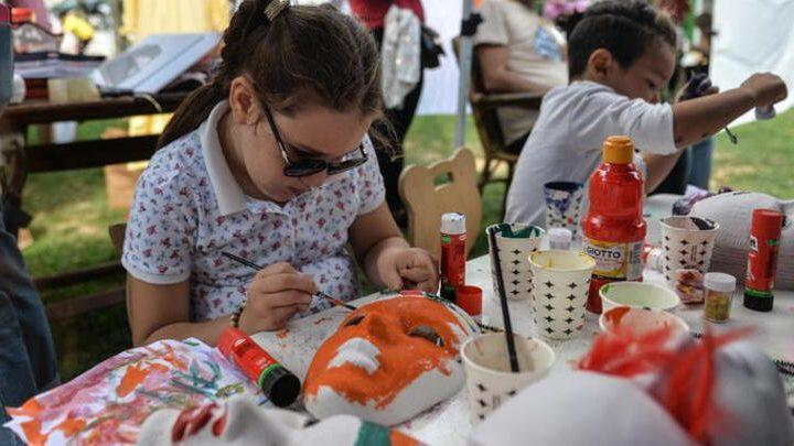 """""""Mutlu Çocuk Festivali""""ne Yoğun İlgi."""