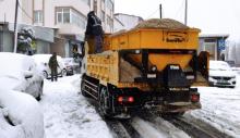 Sarıyer'de karla topyekün mücadele.